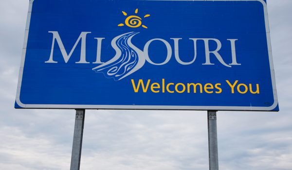 Missouri Welcomes You Sign